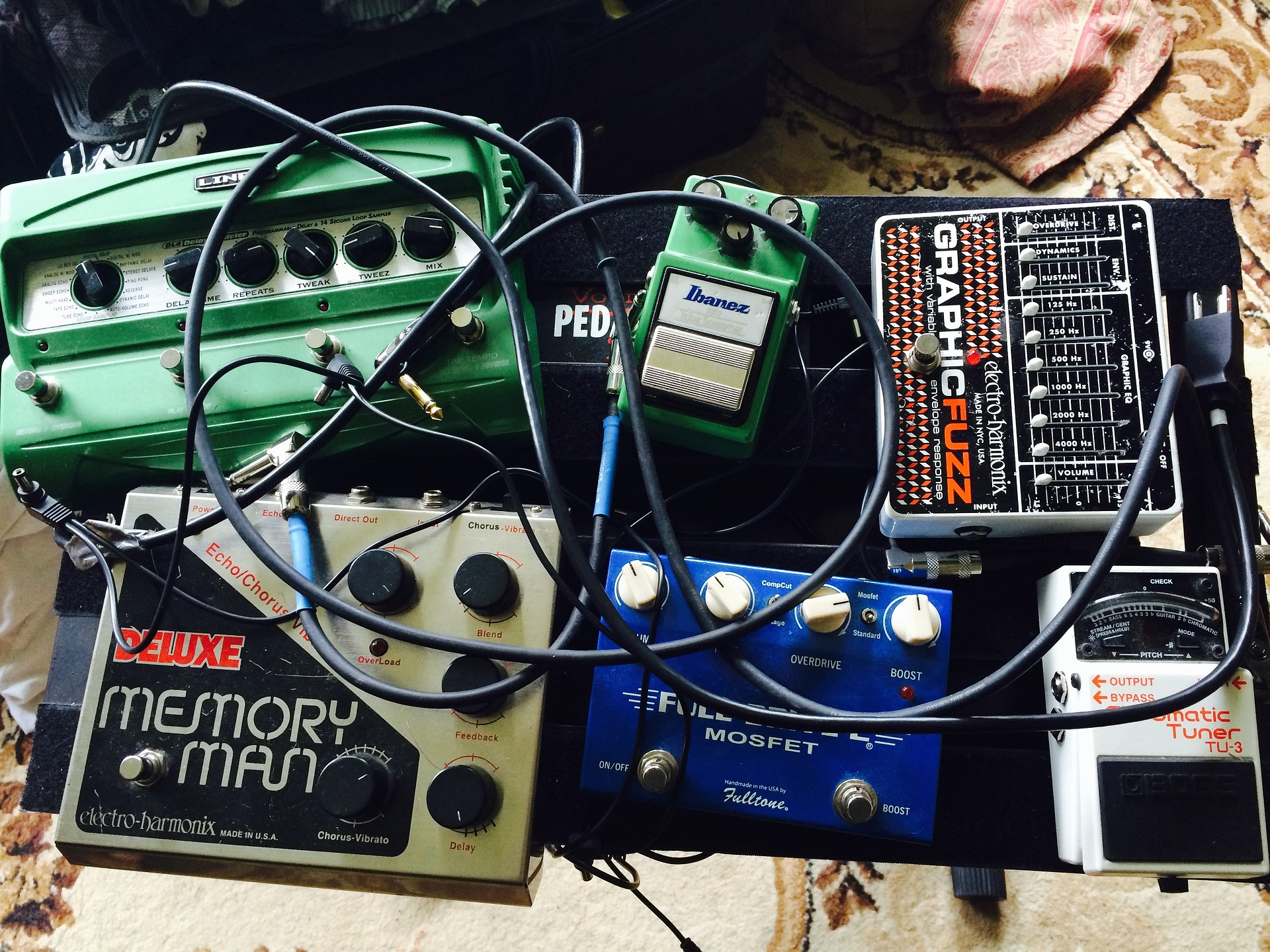 Building Your First Pedal Board Australian Guitar Review Wiring A Pedals Australia