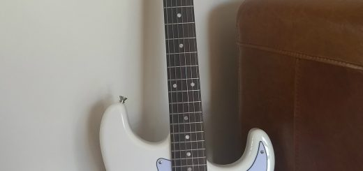 Artist Guitars Strat review